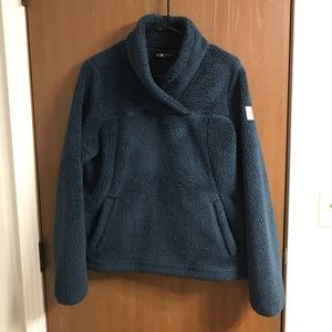 Women's North Face Sherpa Pullover